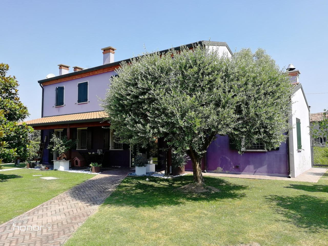 Casa Indipendente ristrutturato in vendita Rif. 9011674