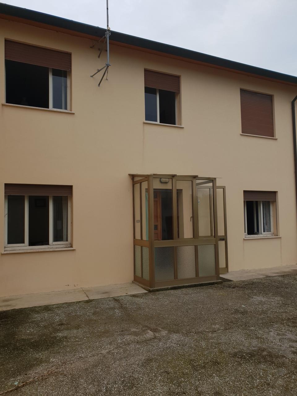 Porzione di casa in vendita Rif. 9253969