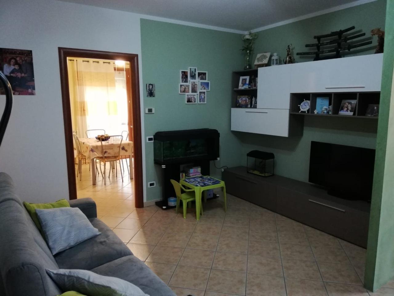 Porzione di casa in ottime condizioni in vendita Rif. 12378237