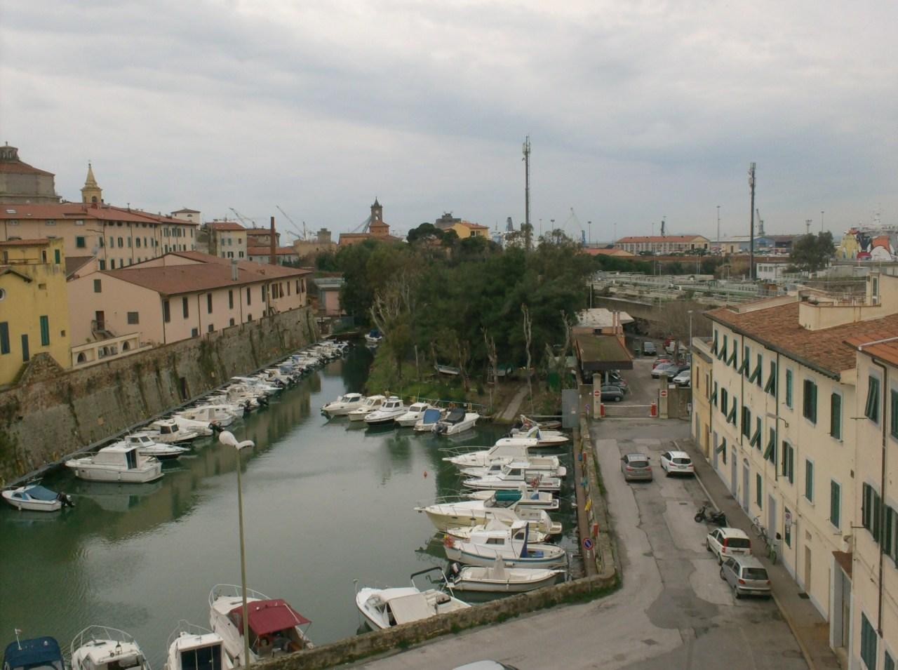 Garage / Posto Auto - Singolo a Venezia, Livorno