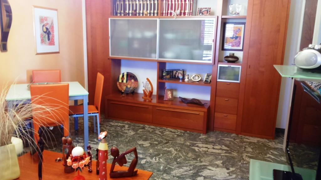 Quadrilocale in buone condizioni in vendita Rif. 9854460