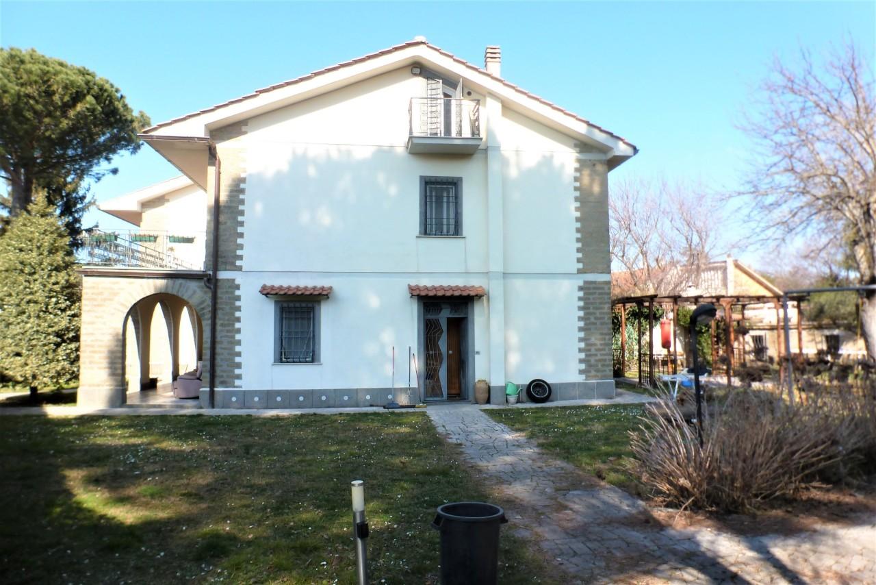 Villetta a schiera in ottime condizioni in vendita Rif. 10547022