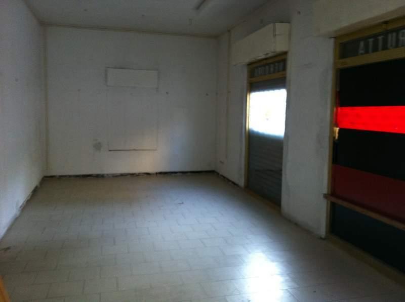 Capannone / Fondo - Laboratorio a Centro Storico, Lucca Rif. 11959776