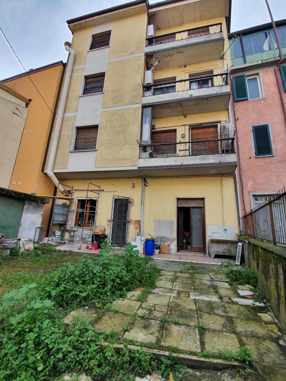 Capannone in vendita a Montignoso, 2 locali, prezzo € 60.000 | PortaleAgenzieImmobiliari.it