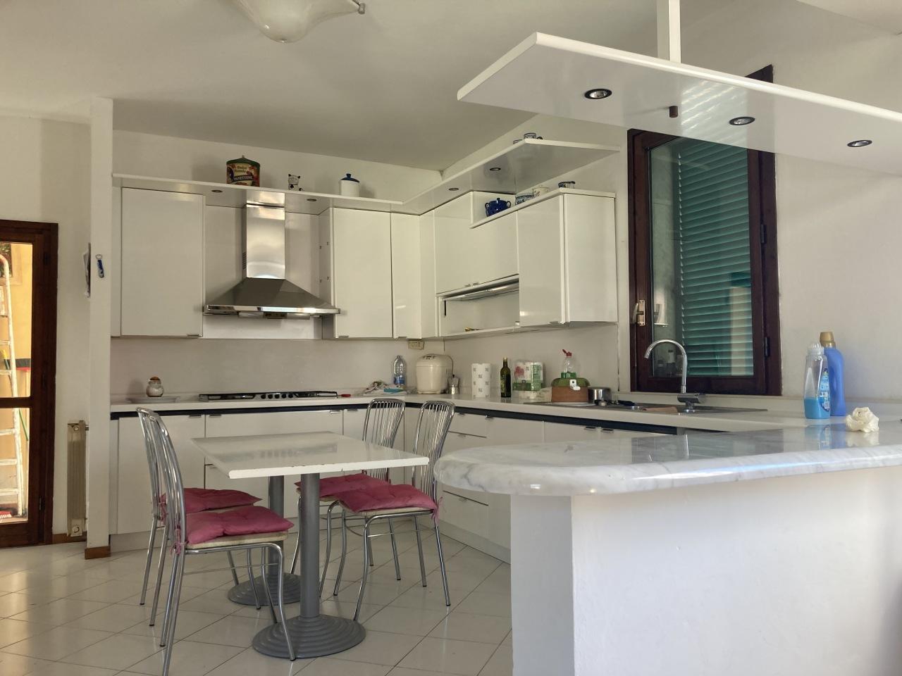 Appartamento in affitto a Ameglia, 3 locali, prezzo € 600 | PortaleAgenzieImmobiliari.it