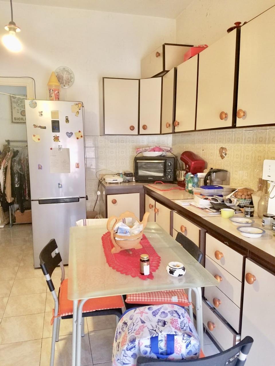 Appartamento in affitto a La Spezia, 4 locali, prezzo € 550 | PortaleAgenzieImmobiliari.it
