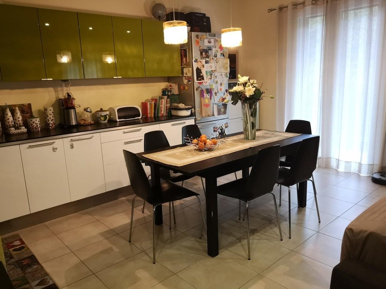 Appartamento in ottime condizioni in vendita Rif. 8589447