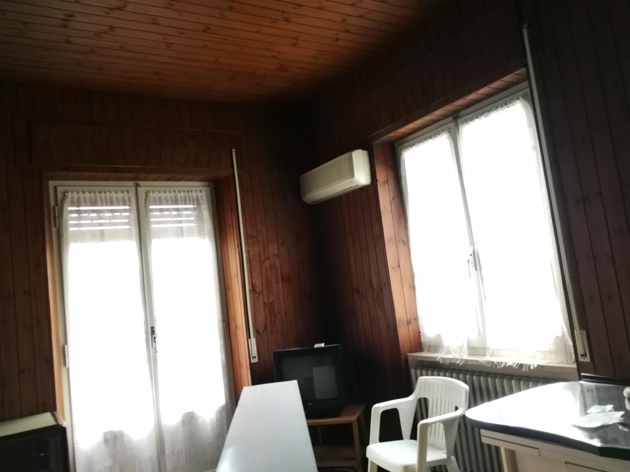 Appartamento in affitto Rif. 8476758