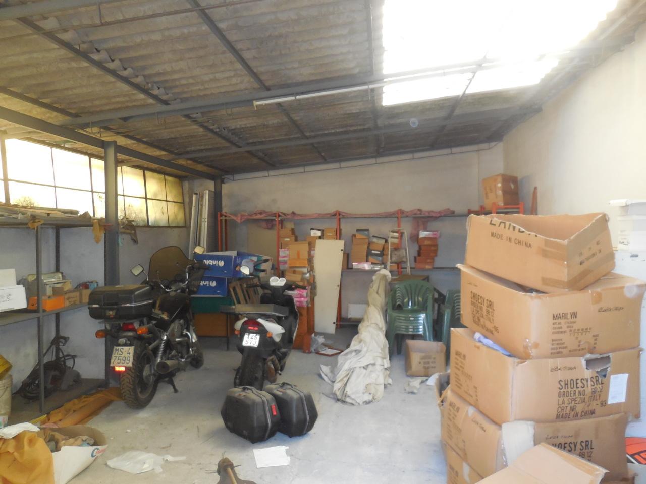 Rustico / Casale in discrete condizioni in vendita Rif. 9116216