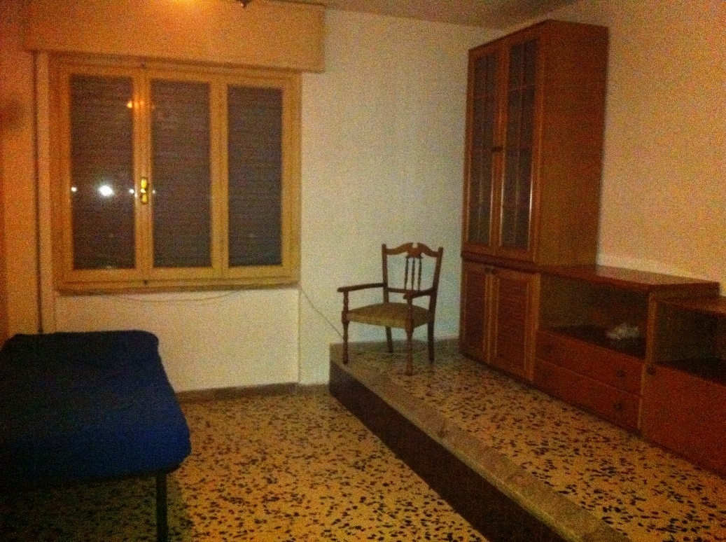Appartamento in buone condizioni in affitto Rif. 9095943