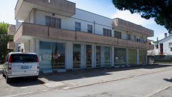 Attività commerciale in Affitto a Rimini, zona SAN GIULIANO - CELLE, 45'000€, 450 m²