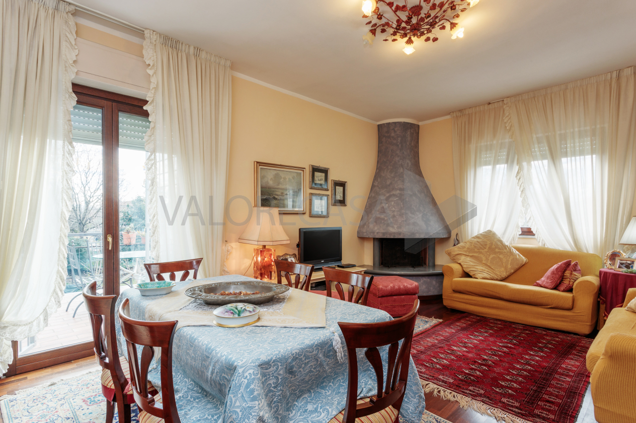 Porzione di casa in ottime condizioni in vendita Rif. 4156109
