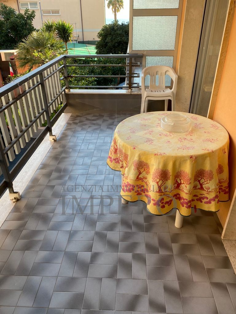 Appartamento in vendita a Ventimiglia, 2 locali, prezzo € 149.000 | PortaleAgenzieImmobiliari.it