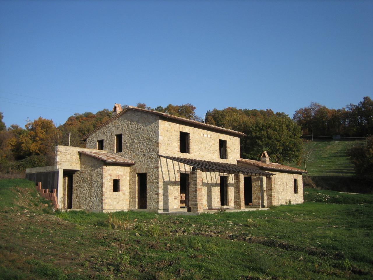 Indipendente - Casale a Baschi