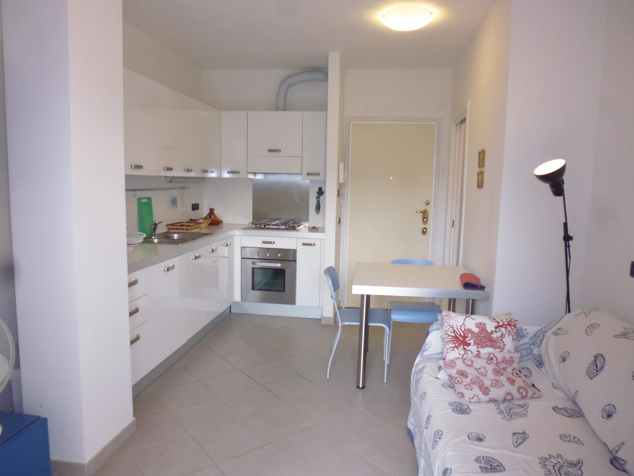 Appartamento in affitto a Sestri Levante, 3 locali, prezzo € 650 | CambioCasa.it