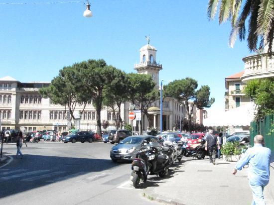 Appartamento in affitto a Sestri Levante, 5 locali, prezzo € 800 | CambioCasa.it