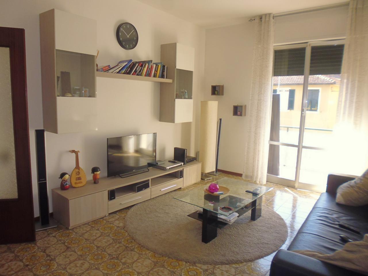 Appartamento in affitto a Casarza Ligure, 4 locali, prezzo € 400 | CambioCasa.it