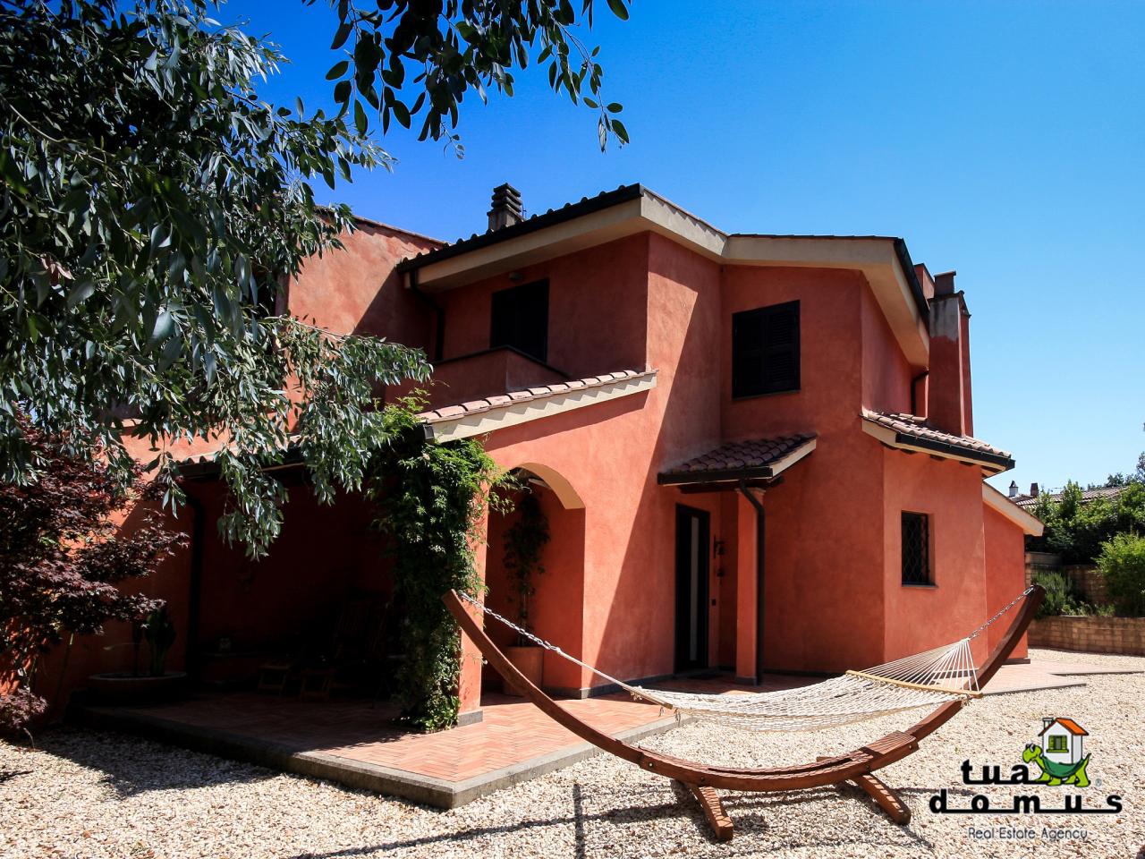 Villa in ottime condizioni in vendita Rif. 10576663