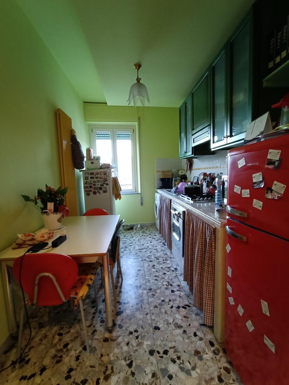 Appartamento in vendita a Aulla, 4 locali, prezzo € 100.000 | PortaleAgenzieImmobiliari.it