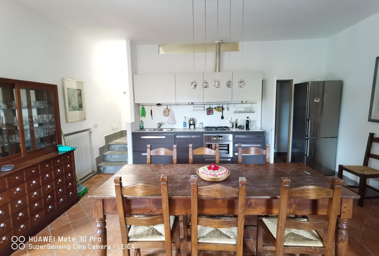 Villa in affitto a Portovenere, 5 locali, prezzo € 1.300 | PortaleAgenzieImmobiliari.it