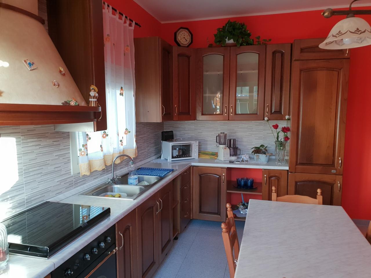 Villa in buone condizioni in vendita Rif. 9446047