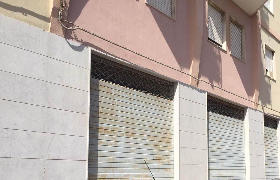 Locale commerciale - Oltre 3 vetrine a Borgata Riviera Stazione, Siracusa