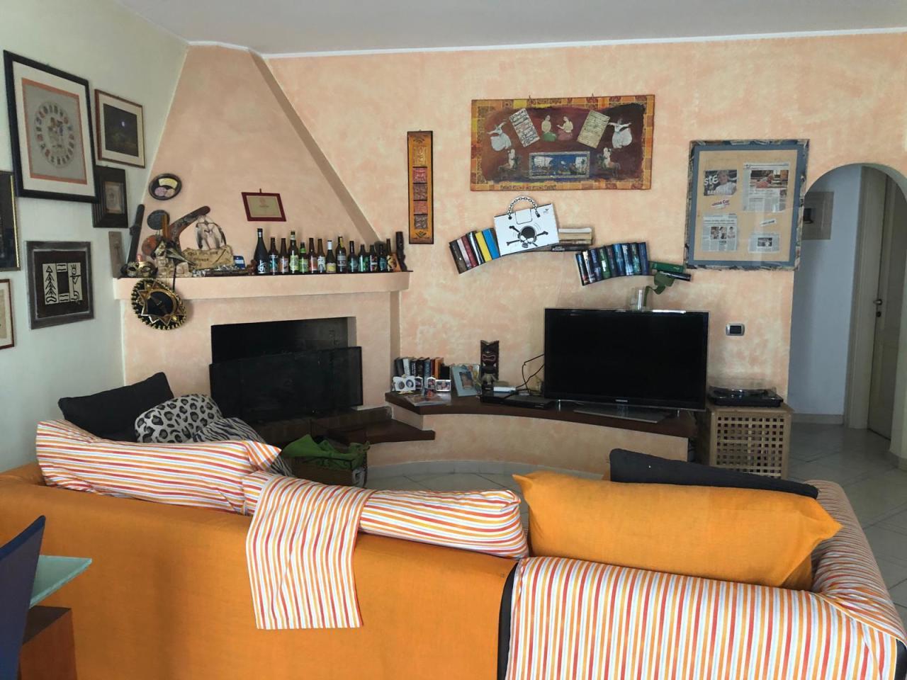 Appartamento in buone condizioni in vendita Rif. 9794471