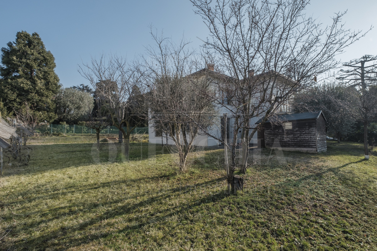 Villa in buone condizioni in vendita Rif. 6275234