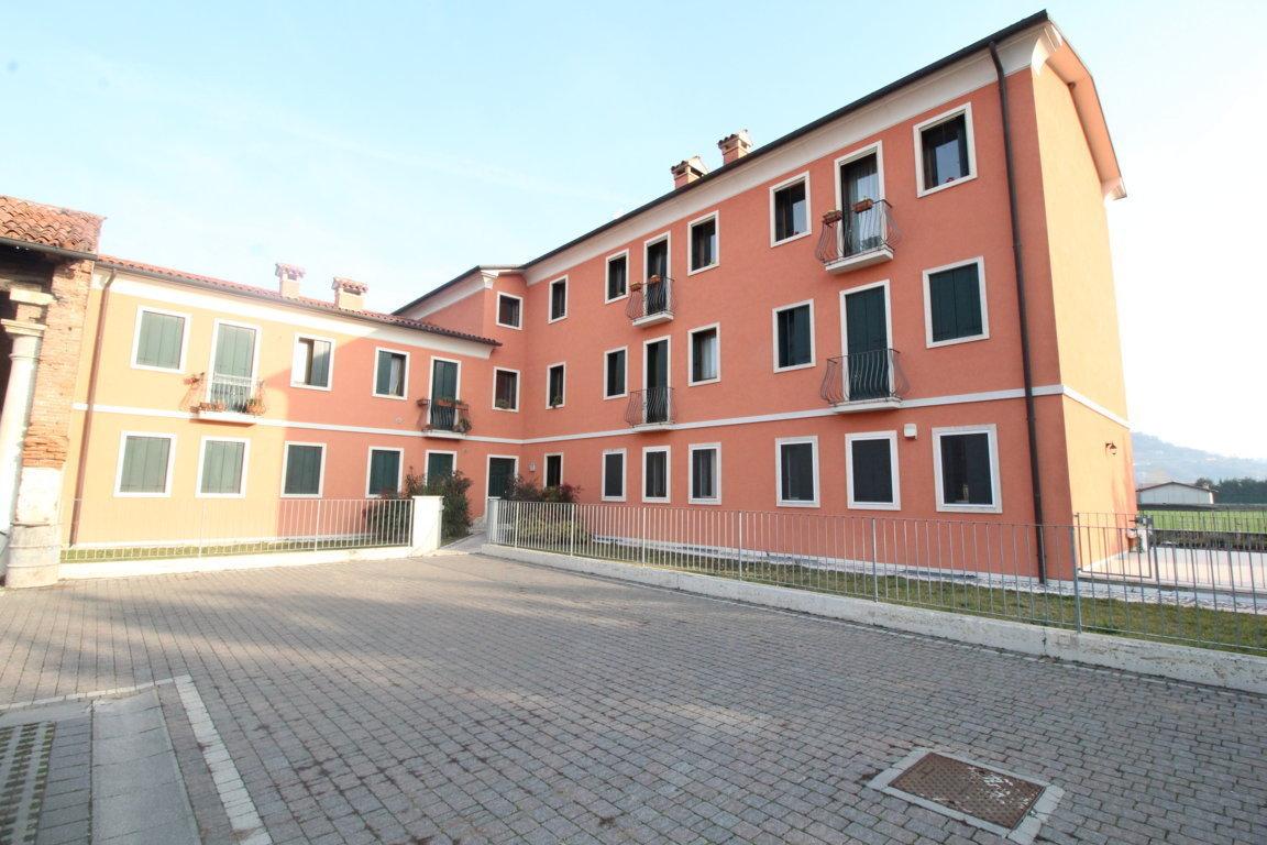 Appartamento - Bicamere a Castelgomberto