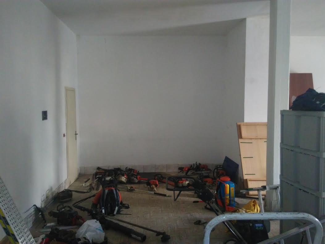 Capannone in affitto a Ortonovo, 1 locali, prezzo € 500 | PortaleAgenzieImmobiliari.it