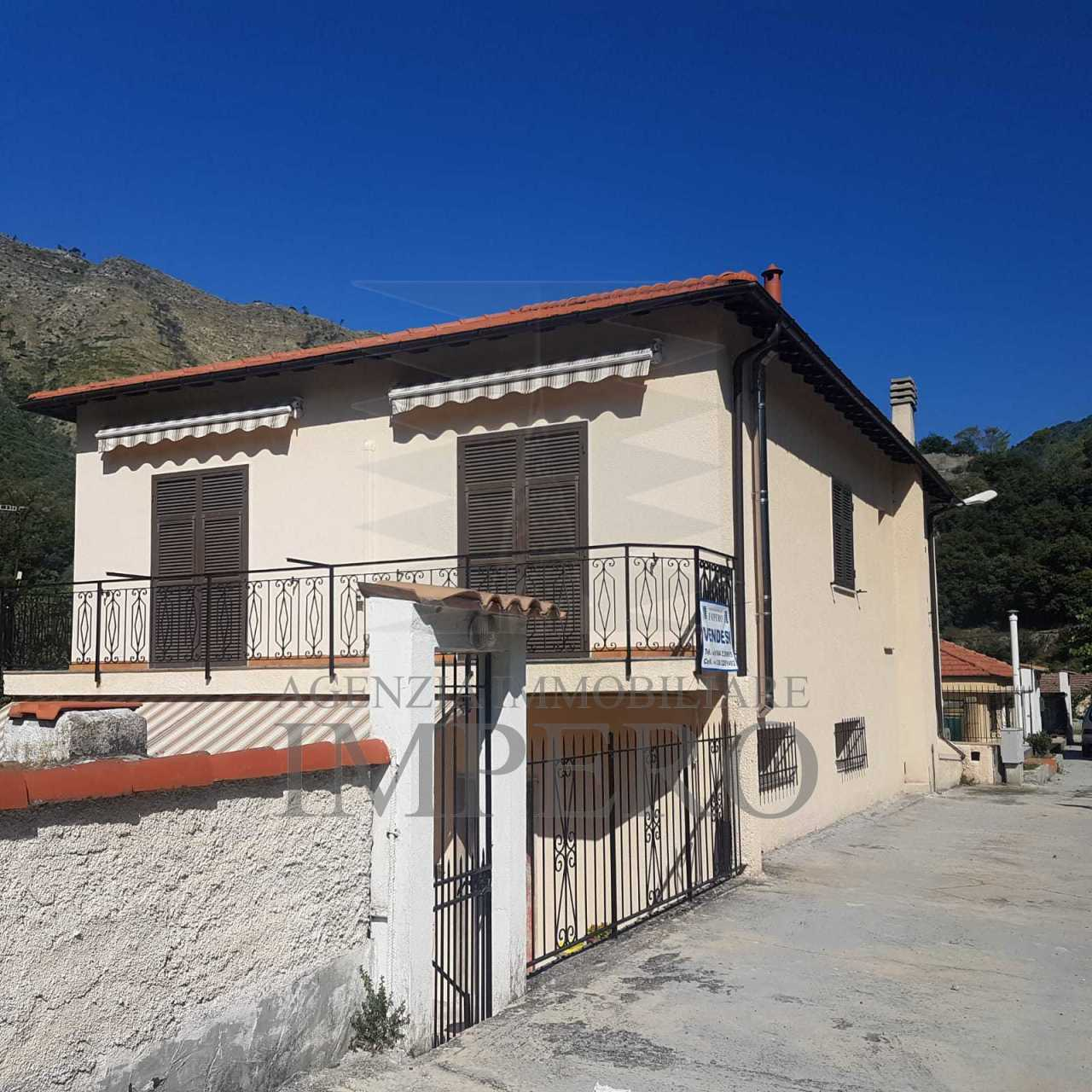 Soluzione Indipendente in vendita a Airole, 6 locali, prezzo € 280.000 | PortaleAgenzieImmobiliari.it