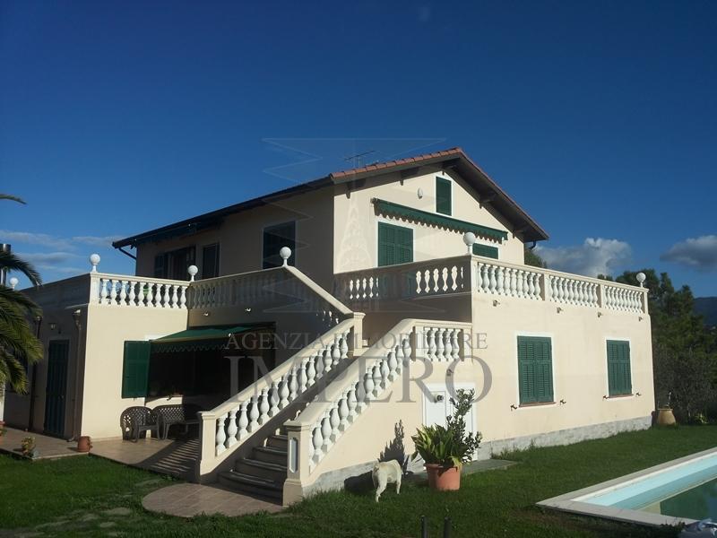 Villa in vendita a Camporosso, 8 locali, prezzo € 850.000 | PortaleAgenzieImmobiliari.it