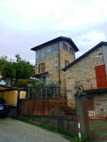 Casa - Indipendente a Calvo, Ventimiglia