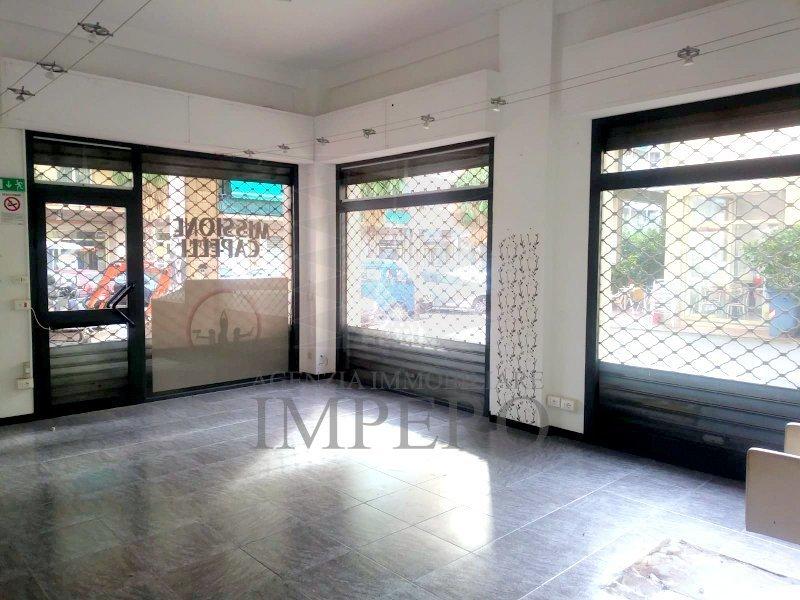 Negozio / Locale in vendita a Ventimiglia, 2 locali, prezzo € 175.000 | PortaleAgenzieImmobiliari.it