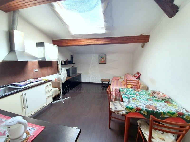 Appartamento - Mansarda a Borgo, Ventimiglia