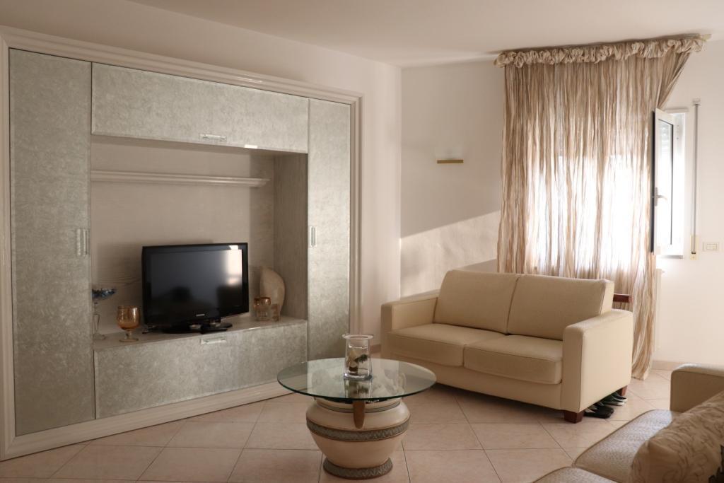 Porzione di casa in buone condizioni in vendita Rif. 8858993