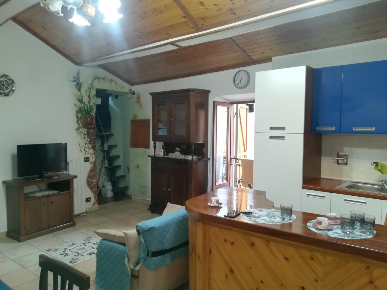 Appartamento in vendita a Genazzano, 2 locali, prezzo € 63.500   CambioCasa.it