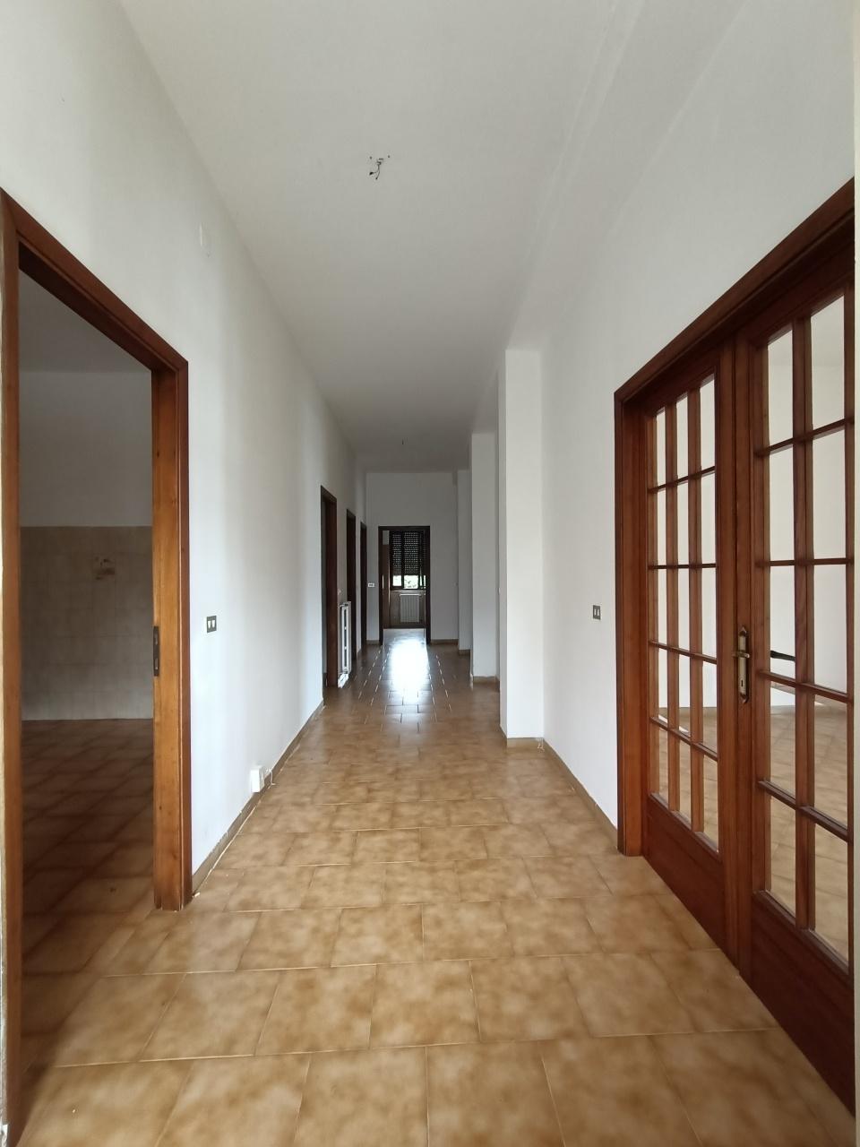 Soluzione Semindipendente in vendita a Podenzana, 7 locali, prezzo € 139.000 | PortaleAgenzieImmobiliari.it