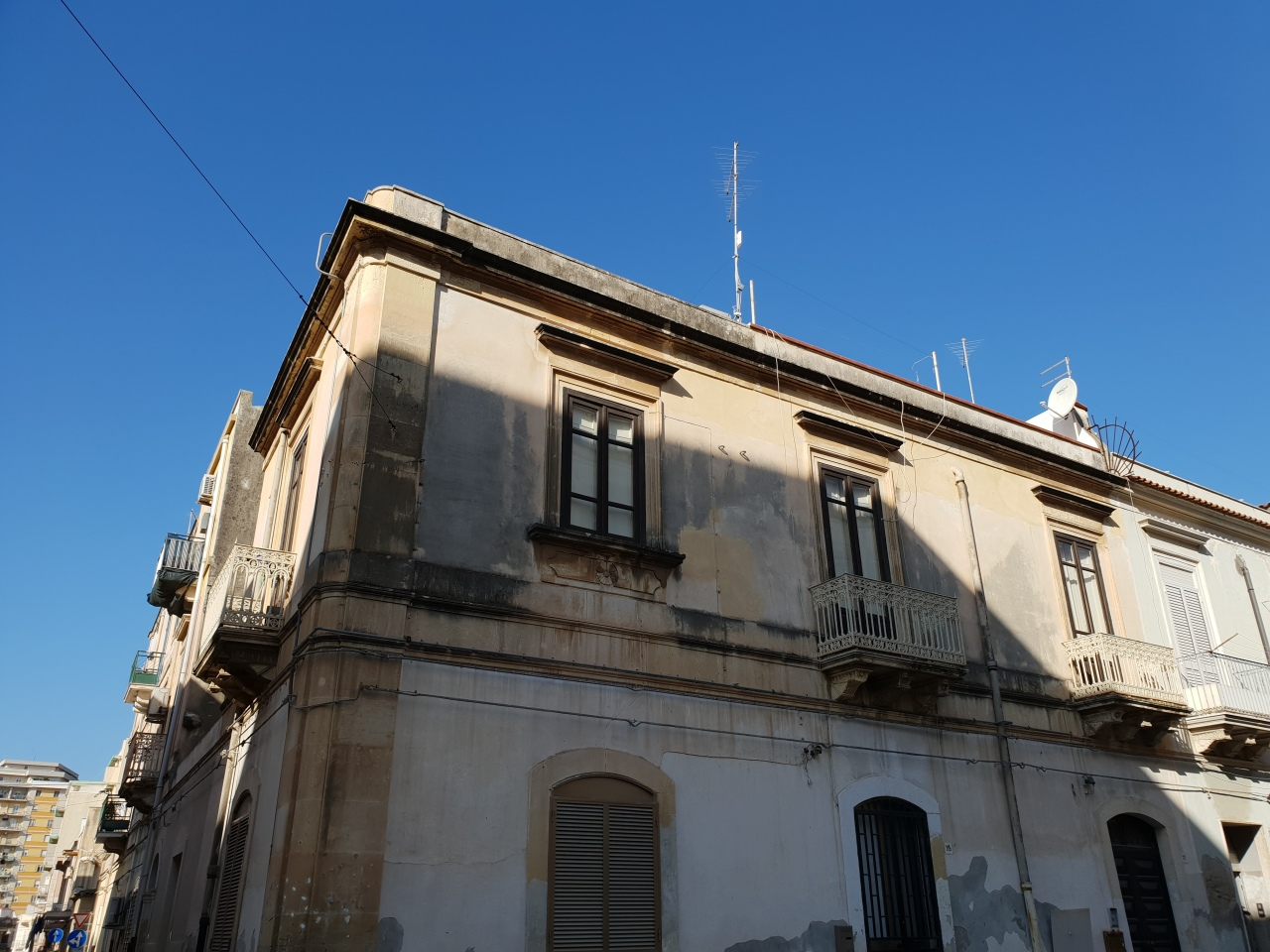 Casa Indipendente in buone condizioni in vendita Rif. 8971570