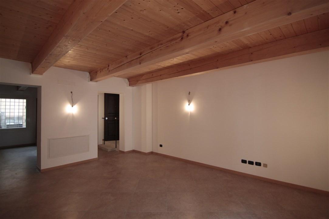 Appartamento ristrutturato in vendita Rif. 4149853