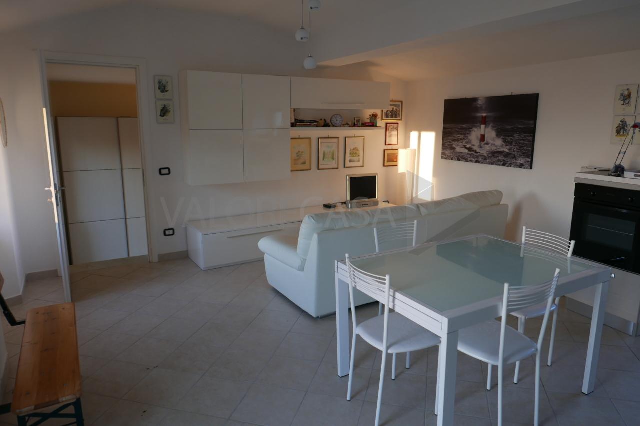 Porzione di casa ristrutturato arredato in vendita Rif. 9076099