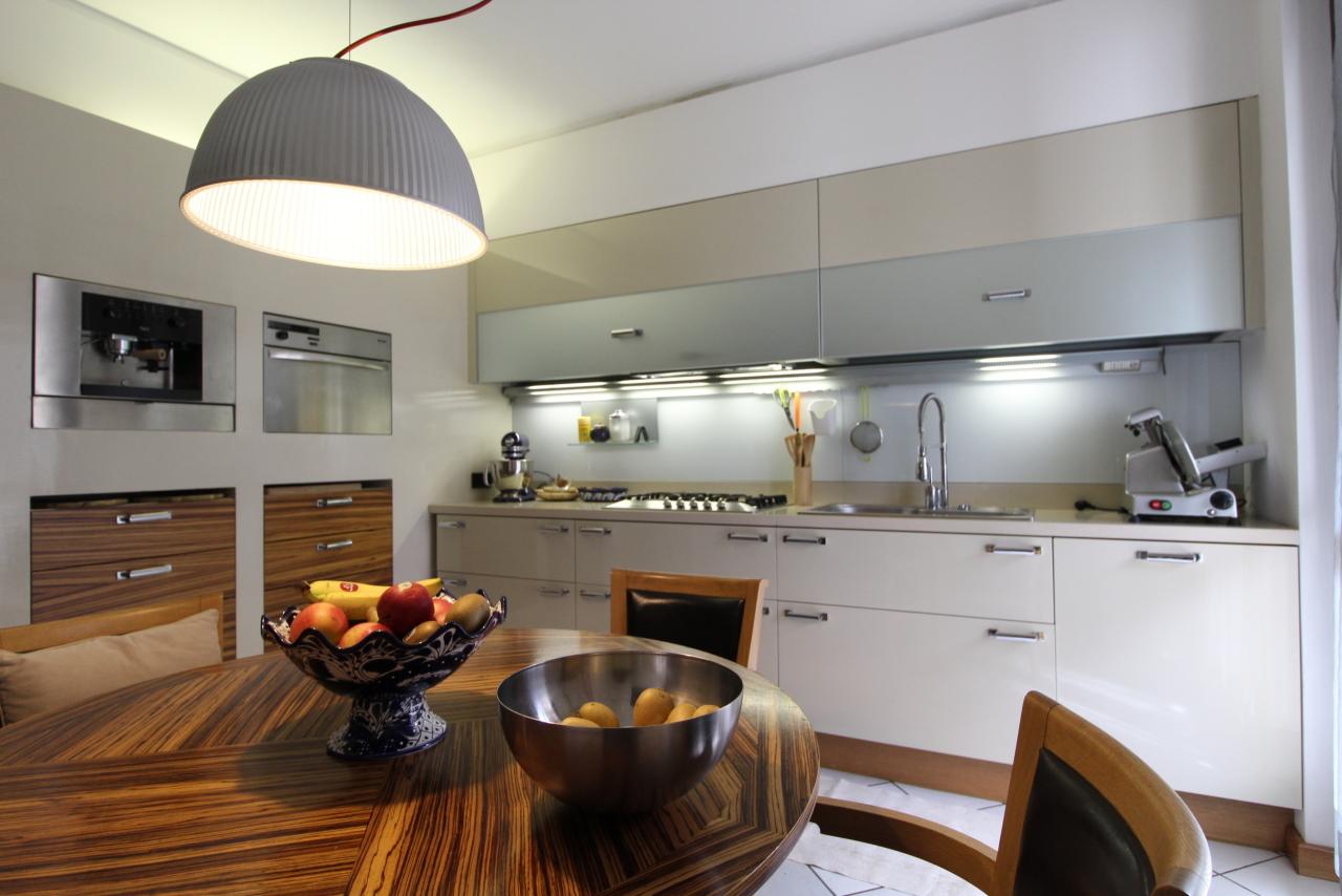 Porzione di casa in ottime condizioni in vendita Rif. 11493798