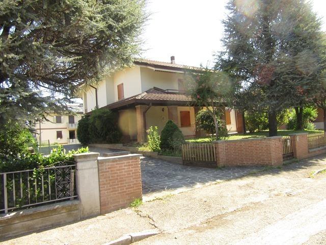 Villa in buone condizioni in vendita Rif. 11467799