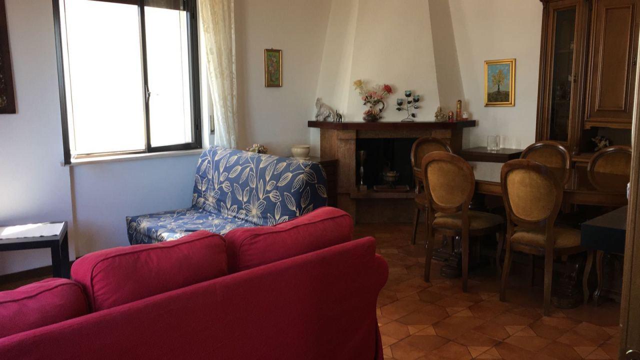 Porzione di casa in buone condizioni arredato in affitto Rif. 8476732