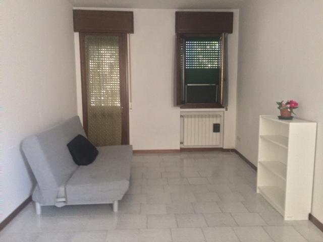 Appartamento in ottime condizioni in affitto Rif. 8463463