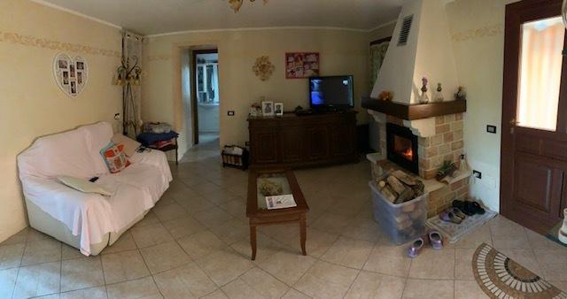 Casa Indipendente ristrutturato in vendita Rif. 9511142