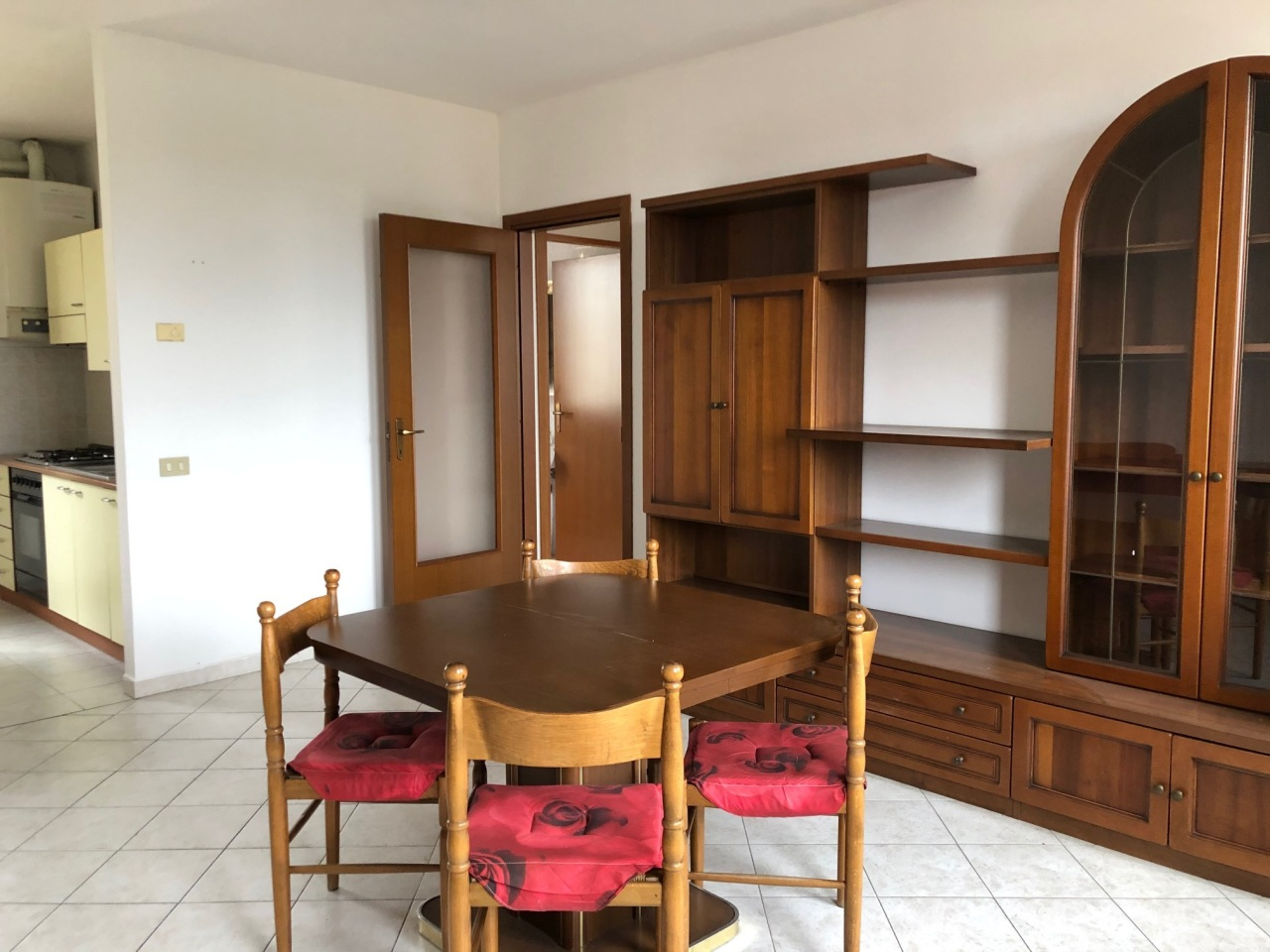 Appartamento in vendita a Villadose, 5 locali, prezzo € 64.000   CambioCasa.it