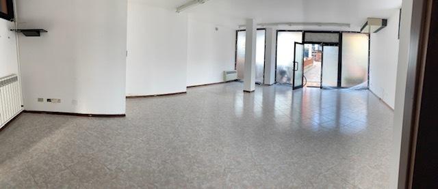 Locale commerciale - 2 Vetrine a Rovigo Rif. 10546921
