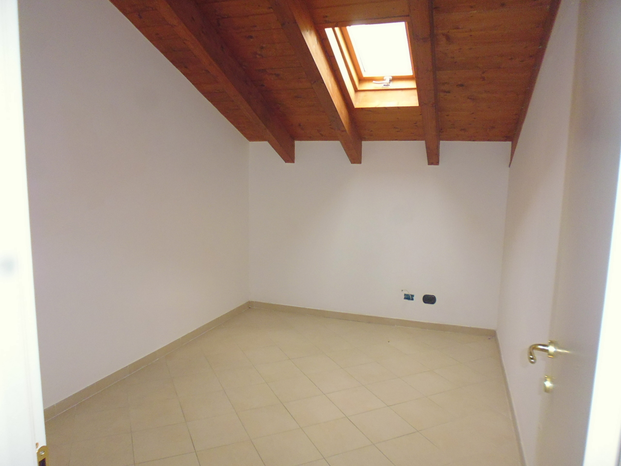 Appartamento in affitto a Casarza Ligure, 4 locali, prezzo € 420 | CambioCasa.it