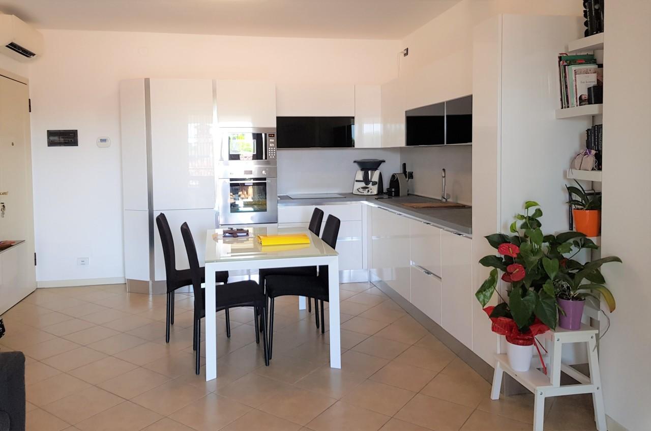 Appartamento in vendita a San Zeno Naviglio, 3 locali, prezzo € 155.000   PortaleAgenzieImmobiliari.it